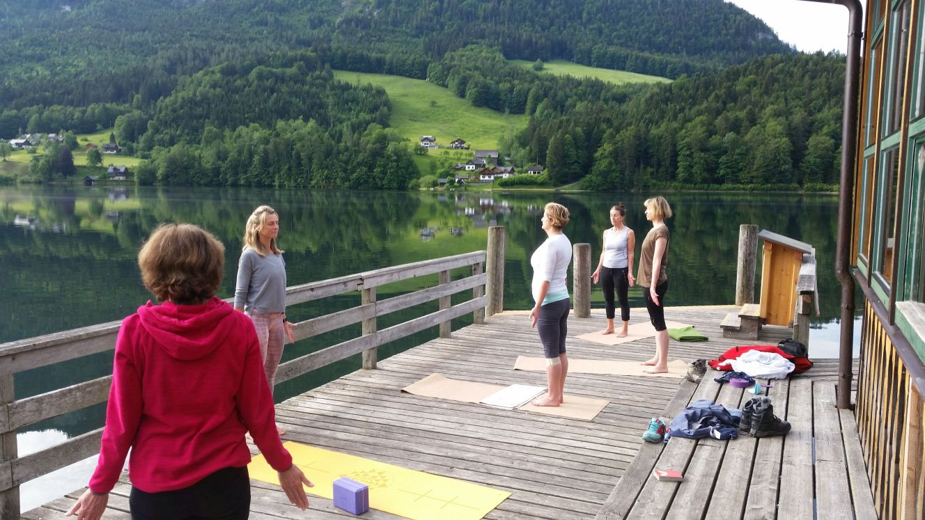 Yoga am Grundlsee.jpg - 10339361.2